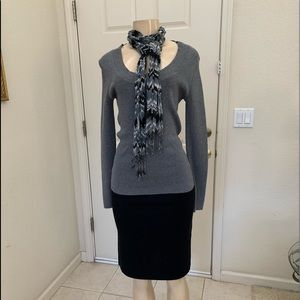 """APT. 9"" grey sweater & matching scarf"